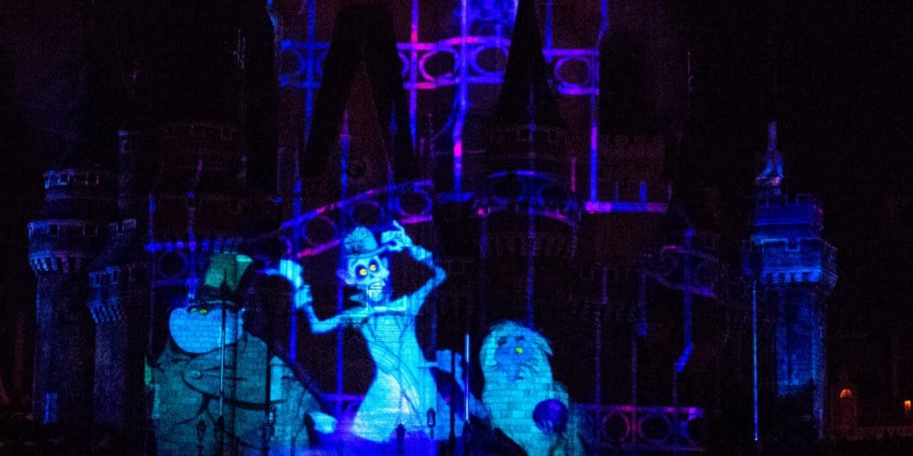 """Celebrate! Tokyo Disneyland"" Nighttime Spectacular Review"