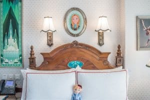 Anna Plush Bed Frozen Suite Hong Kong Disneyland Hotel