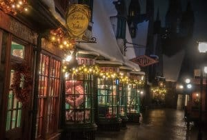 Hogsmeade Christmas Decorations at Universal Studio Japan