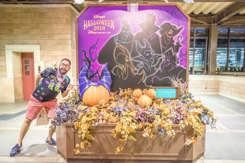 Monorail Station Decorations Halloween Tokyo Disneyland