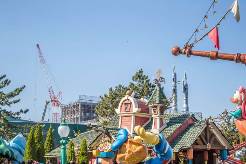 Tokyo Disneyland Beauty and the Beast Construction from Toontown