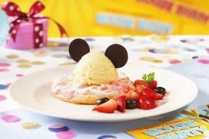 Marshmallow Pancake and Homemade Gelato Mouse Party Hong Kong Disneyland