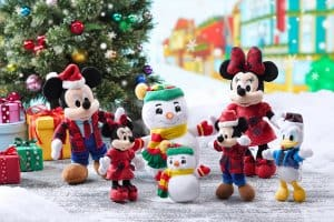 Medium and Small Plushes Hong Kong Disneyland Christmas 2018