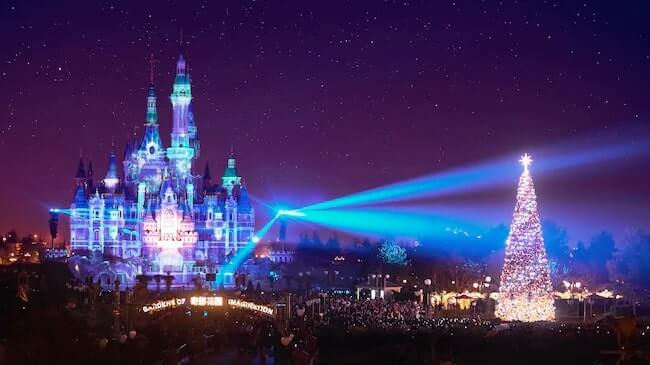 Shanghai Disney Resort Christmas 2018 Tdr Explorer