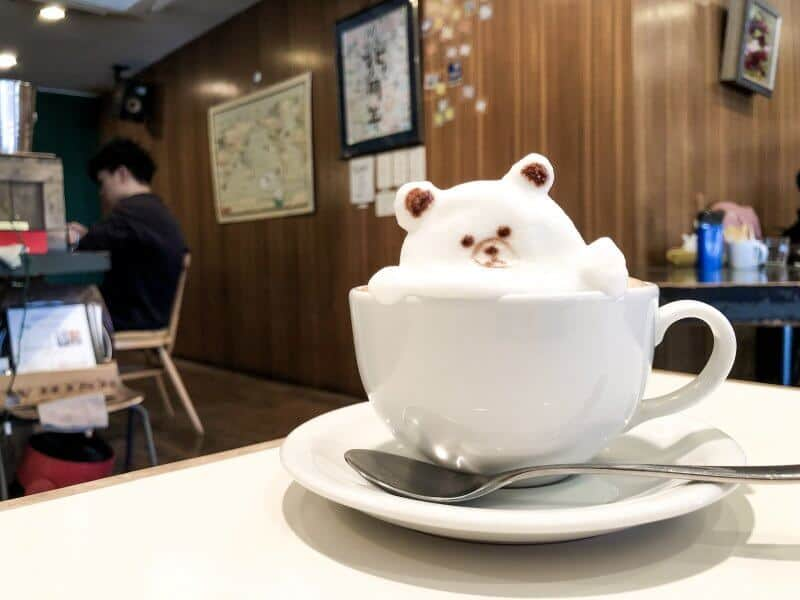 Reissue Latte Art Cafe Brown Line Friends 3D Art
