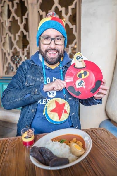 Incredibles 2 Set at Tokyo DisneySea with Souvenir Plate