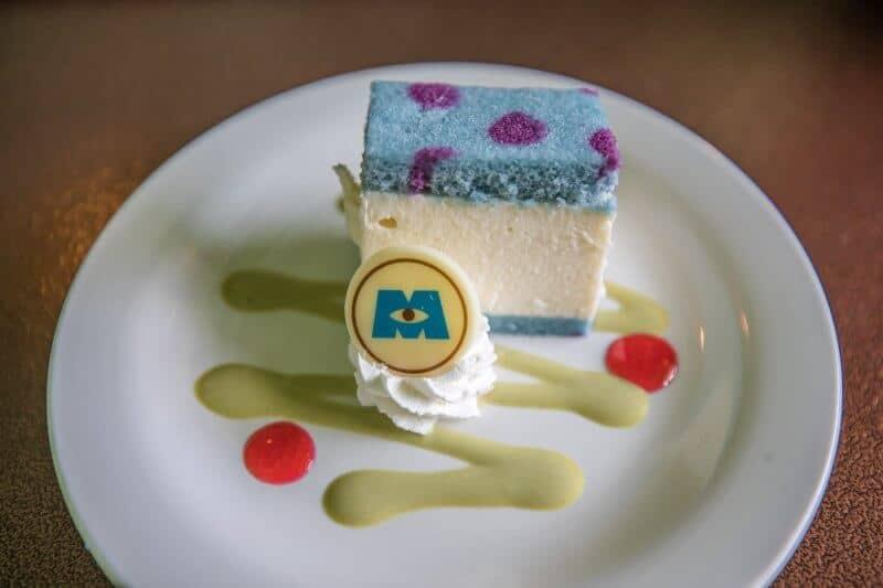 Coconut Mousse Cake at Tokyo DisneySea