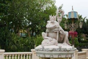 Far Far Away Frog Universal Studios Singapore