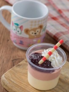 White Chocolate and Strawberry Mousse Duffy Hide and Seek Tokyo Disney Resort 2019
