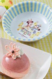 Cherry and Vanilla Mousse Cake Tokyo DisneySea Easter Menu 2019