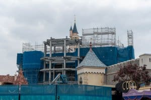 Hong Kong Disneyland Castle Construction Update Spring 2019 Back 1
