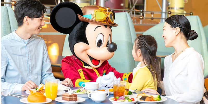 Character Dining Ending at Crystal Palace and Horizon Bay Restaurants