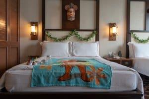 Moana Bed Hong Kong Disneyland Hotel Room Overlays