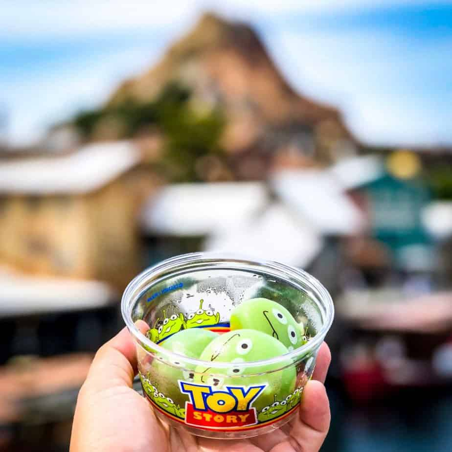 Tokyo Disney Resort Food List and Prices 2019