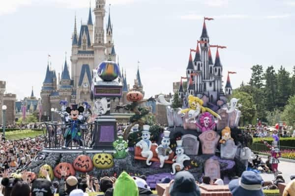 Spooky Boo! Parade Tokyo Disneyland Halloween 2019