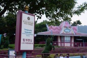 Hong Kong Disneyland Castle Construction Summer-10