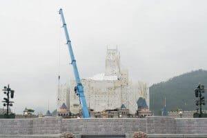 Hong Kong Disneyland Castle Construction Summer-14