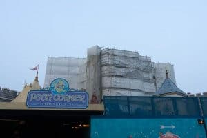 Hong Kong Disneyland Castle Construction Summer-8