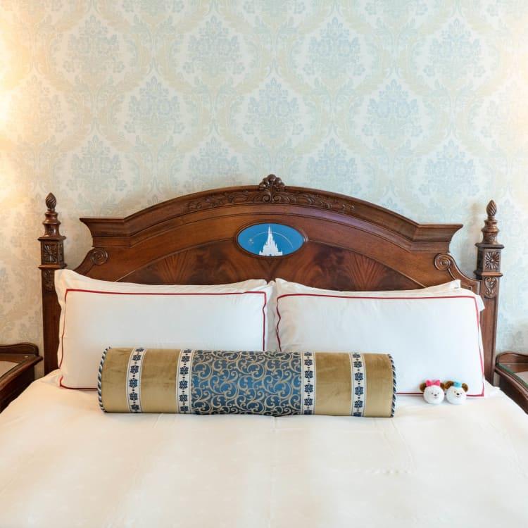 Hong Kong Disneyland Hotel Beds