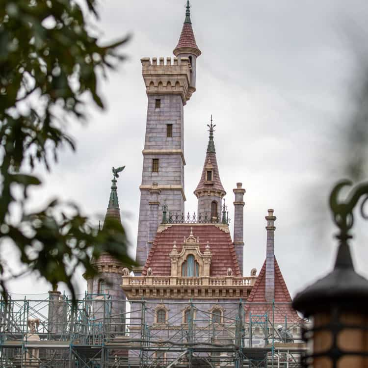 Tokyo Disneyland Castle Beauty And The Beast Construction Update
