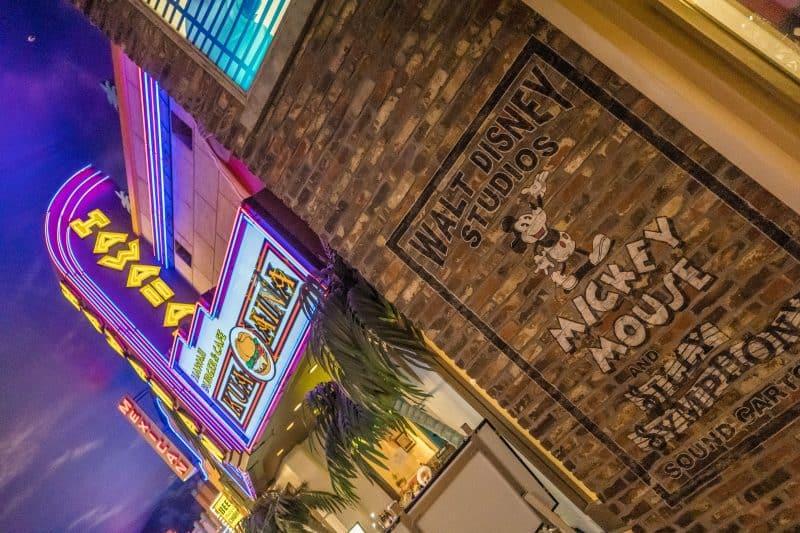 Kua Aina Burgers Tokyo Disney Resort