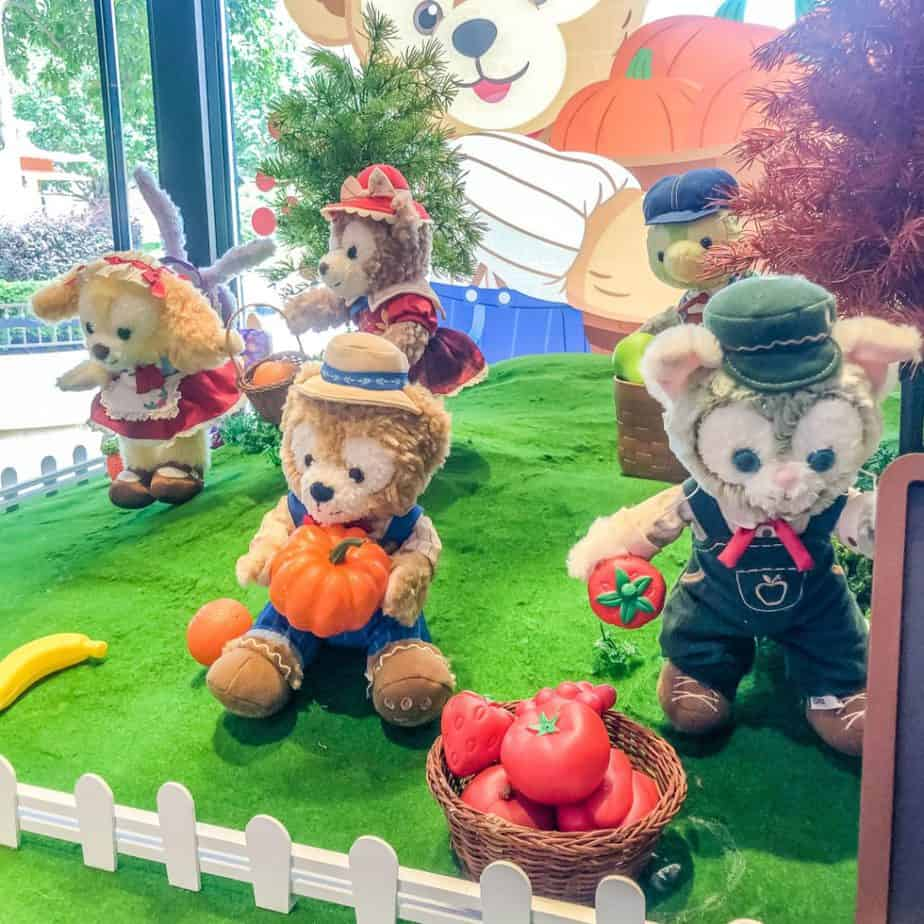 Duffy and Friends Fall 2020 Merchandise at Shanghai Disneyland
