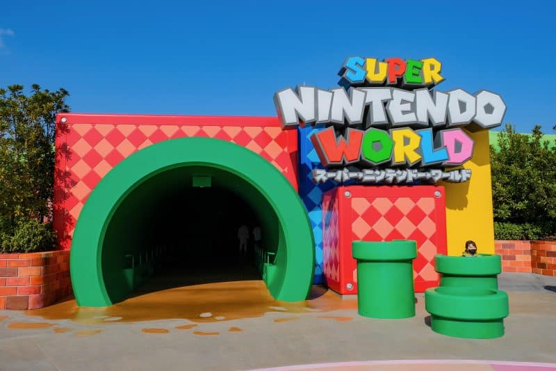 Super Nintendo World Entrance - 10