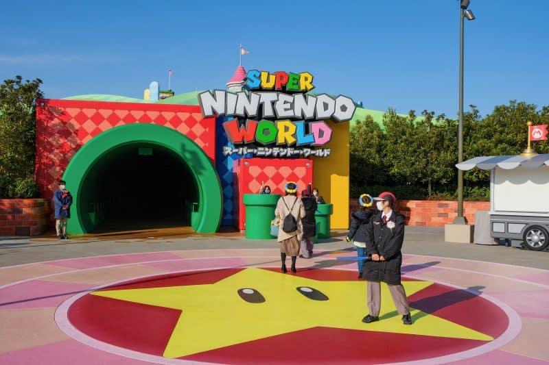 Super Nintendo World Entrance - 9